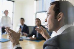 Mẹo giao tiếp: Giá trị tuyệt vời của việc… nói chậm lại