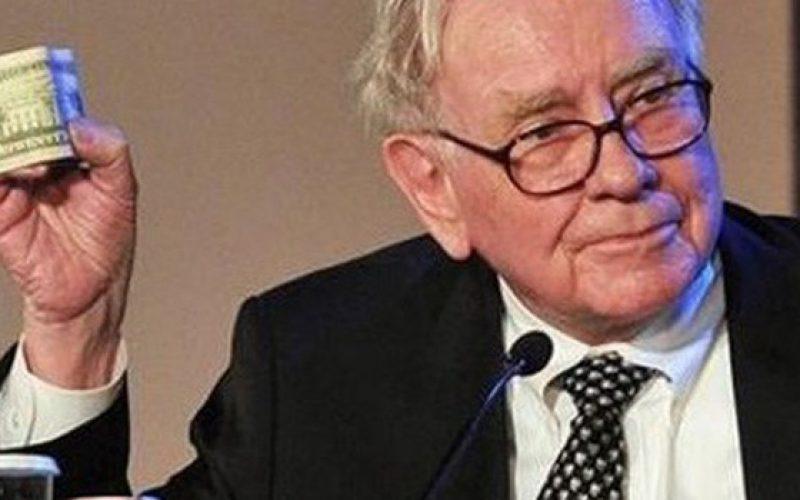 Warren Buffett chia sẻ một thói quen đơn giản cần có để thành công