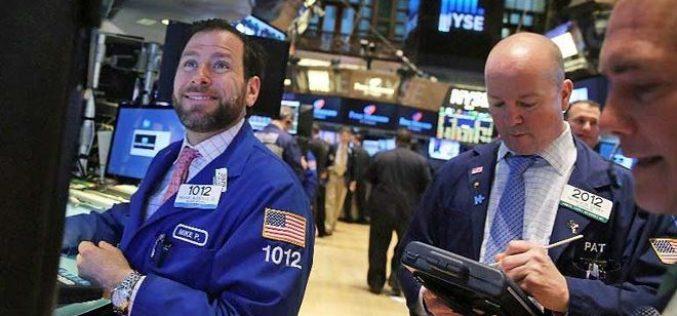 Chứng khoán khởi sắc, giá vàng, dầu cũng đồng loạt tăng theo