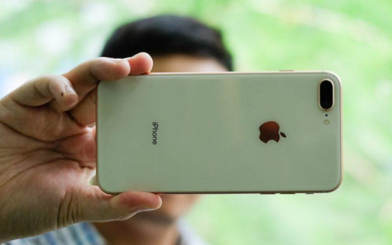 Những smartphone cao cấp có pin tốt nhất
