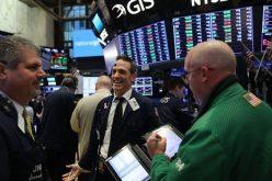 Giới đầu tư liên tục nhận qua đầu năm mới