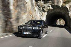 Rolls-Royce bán được 3,362 chiếc xe trong năm 2017