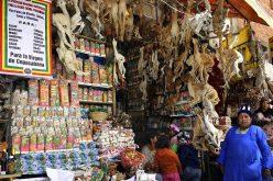 Cận cảnh khu chợ phù thủy kỳ dị ở Bolivia