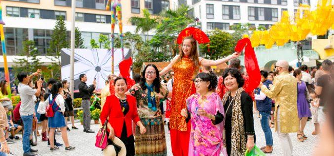 Không khí lễ hội xuân vẫn rộn ràng tại Đà Nẵng