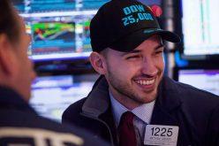 Chứng khoán Mỹ tăng mạnh, Dow Jones lấy lại mốc 25.000 điểm
