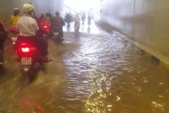 Hầm chui 120 tỷ đồng vừa phục vụ APEC đã bị ngập nước