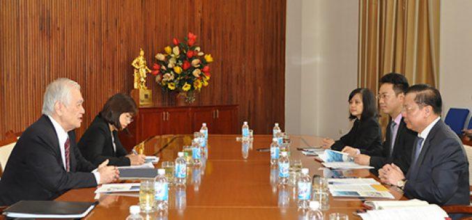Bộ trưởng Đinh Tiến Dũng tiếp Cố vấn đặc biệt Ngân hàng BTMU