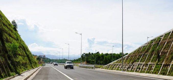 Làm cao tốc Bắc – Nam: Lo ngại tính minh bạch và rủi ro pháp lý