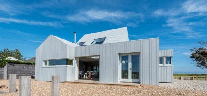 Ngôi nhà gỗ tuyệt đẹp kết hợp yếu tố kiến trúc địa phương với thiết kế bền vững