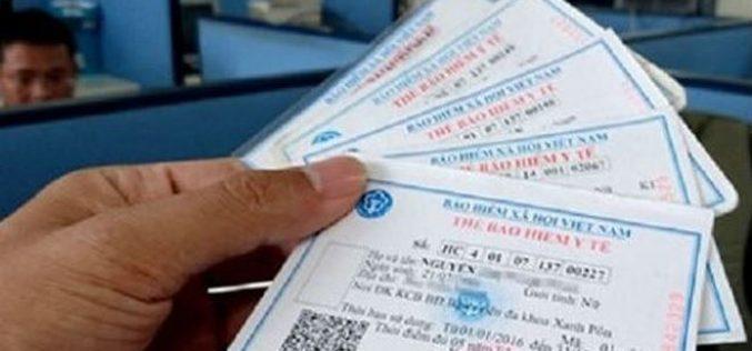 Làm rõ chuyện người dân phải trả phí 5.000 đồng/thẻ cho trưởng thôn khi nhận thẻ BHYT