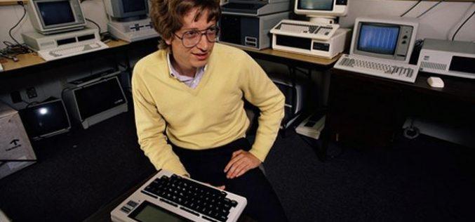 Tỷ phú Bill Gates làm gì ở tuổi 20?