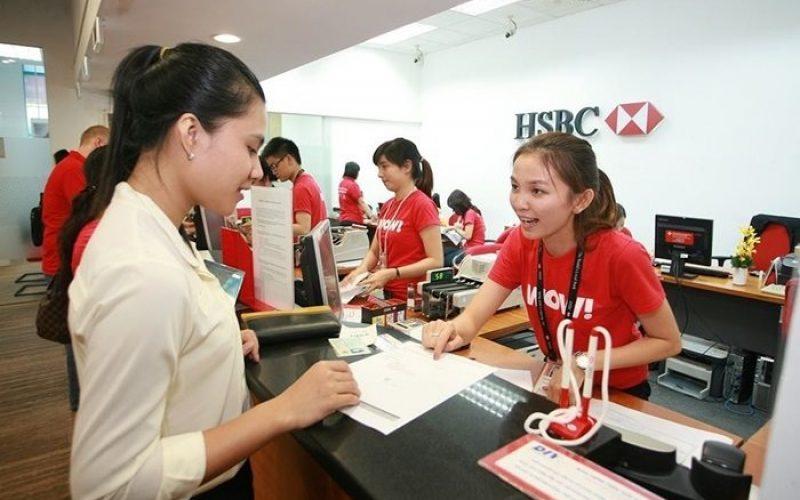 HSBC Việt Nam báo lãi 2.231 tỷ năm 2017, thu nhập nhân viên gần 51 triệu đồng/tháng