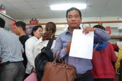 Đất quận 9 lại sốt, phòng đăng ký thủ tục mua bán dày đặc người