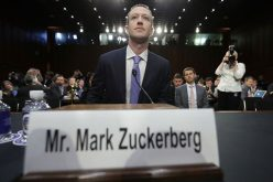 10 giờ điều trần của Zuckerberg giúp cổ phiếu Facebook tăng 5%
