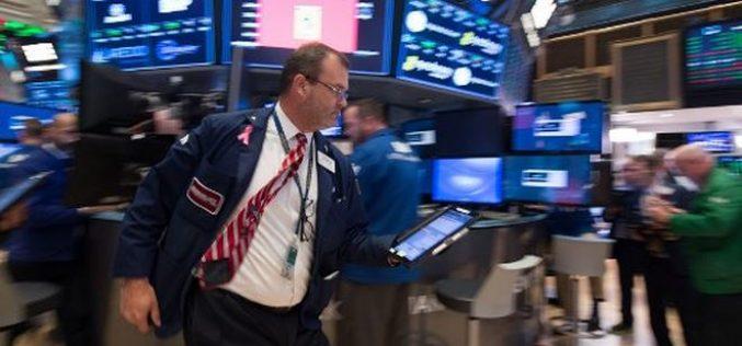 Giới đầu tư thở phào, chứng khoán đồng loạt khởi sắc, giá vàng lao dốc