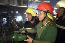 """Trung tướng Bùi Văn Thành: """"Không hạ chuẩn phòng cháy chữa cháy"""""""