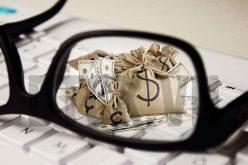 Có nên cấm cấp tín dụng với người điều hành ngân hàng?