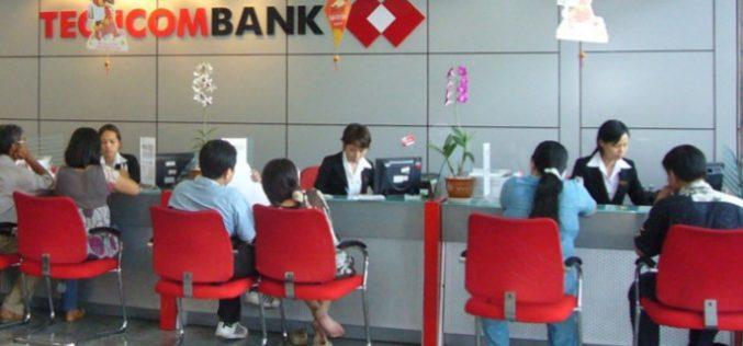 Techcombank chào sàn ngày 4/6, giá 128.000 đồng/cổ phiếu