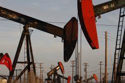 Sản lượng Mỹ đạt kỷ lục mới, giá dầu về đáy 2 tuần