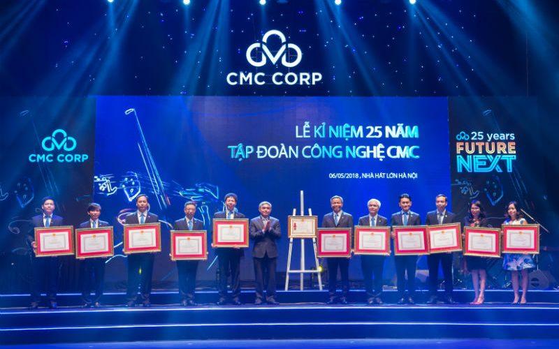Tập đoàn Công nghệ CMC nhận Huân chương Lao động Hạng Ba lần thứ 2
