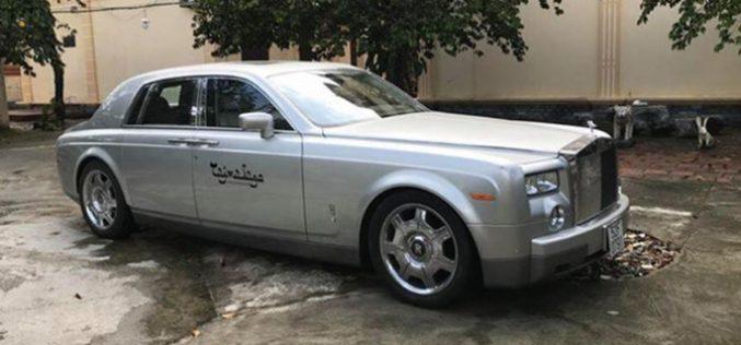Khải Silk biến mất bí ẩn, rao bán Rolls-Royce Phantom một thời đình đám