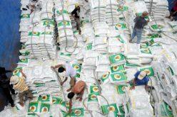Trung Quốc ngưng mua, giá gạo giảm lại… mừng