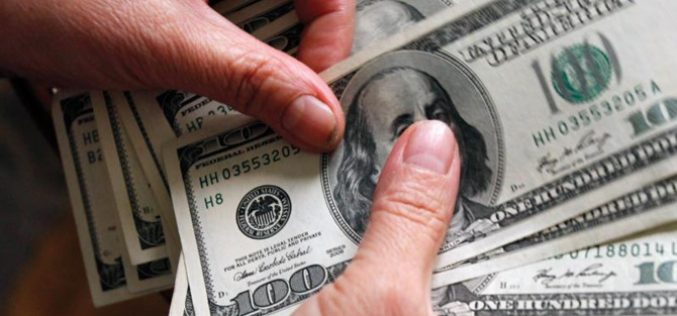 Nhà đầu nước ngoài bán ròng nhưng không có chuyện khối ngoại rút vốn