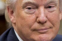 Tổng thống Donald Trump không muốn để Facebook, Twitter tự kiểm soát nội dung