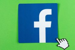 Facebook đang phát triển trợ lý ảo có thể nghe người dùng?