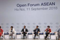 Sinh viên Việt Nam đặt câu hỏi khó cho Giám đốc khu vực của Google