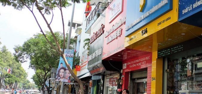 """Sau gần 2 năm, số cửa hàng """"nhái"""" Apple ở Việt Nam giảm mạnh"""