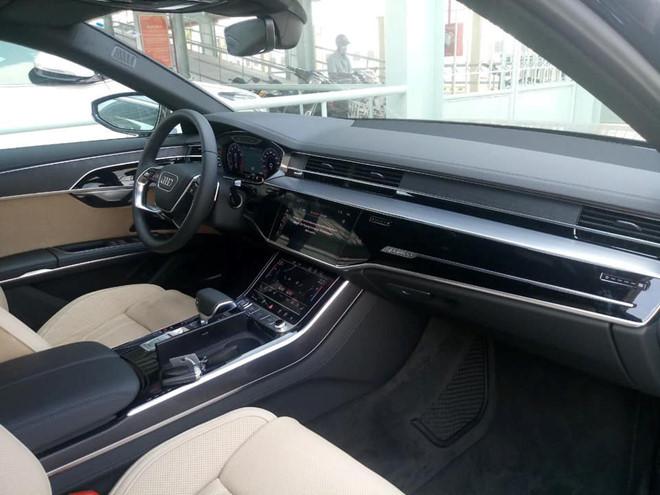 Audi A8 2019 nhap khau tu nhan gia hon 300.000 USD tai Viet Nam hinh anh 3
