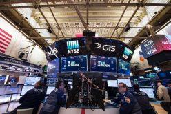 Dữ liệu kinh tế Mỹ nâng bước phố Wall