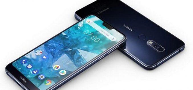 Smartphone tầm trung – nhàm chán nhưng ăn khách