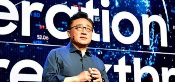 """CEO Samsung thừa nhận công ty đang """"khủng hoảng"""""""