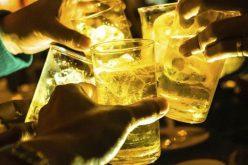 Kiến nghị tăng thuế tiêu thụ đặc biệt, kiểm soát chặt quảng cáo rượu bia