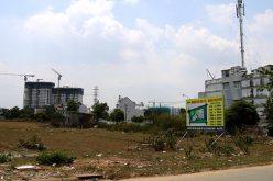 """Doanh nghiệp bất động sản khốn khổ vì 2 chữ """"đất ở"""": Dự án bị """"chặn đường"""""""