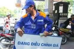 Giá xăng tiếp tục giảm 1.000 đồng/lít