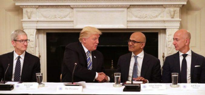 Cuộc đua vốn hóa giữa Amazon, Apple và Microsoft ngày càng gay gắt