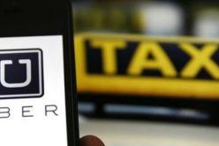 Tài xế mắc kẹt vì cuộc chiến giữa taxi truyền thống và taxi công nghệ