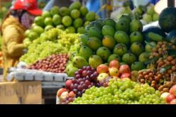 """Thị trường 24h: Trái cây ngoại đua nhau """"đổ bộ"""" bàn ăn Việt"""