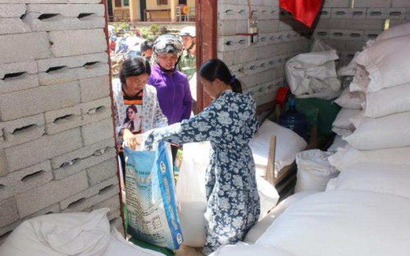 Hoàn thành xuất gạo hỗ trợ học sinh tỉnh Lạng Sơn và Bắc Giang