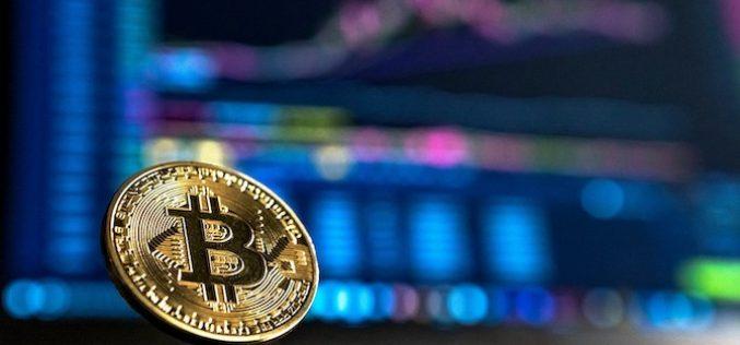 """Thị trường tiền ảo vừa """"bốc hơi"""" 10 tỷ USD"""