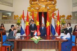 Việt Nam và Hà Lan ký kết hiệp định hợp tác về hải quan