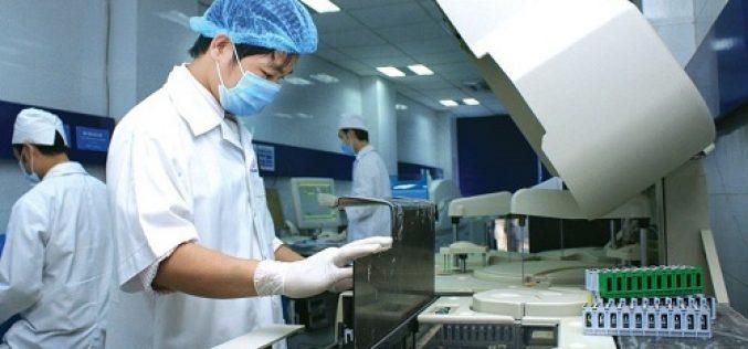 Không thể đơn phương tăng thuế nhập khẩu trang thiết bị y tế