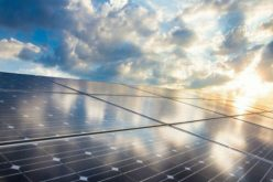 Áp lực đóng điện mặt trời, tái ký hợp đồng lao động với cán bộ đã nghỉ hưu