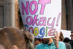 Một giám đốc Google nghỉ việc vì sợ bị trả thù