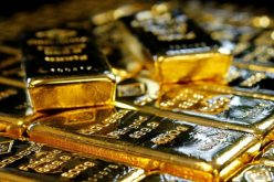 Giá vàng trong nước trượt theo thế giới