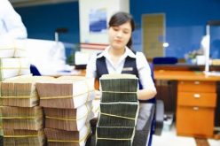 Người dân gửi trên 4,7 triệu tỷ đồng vào hệ thống ngân hàng, tăng gần 8% trong nửa đầu năm nay
