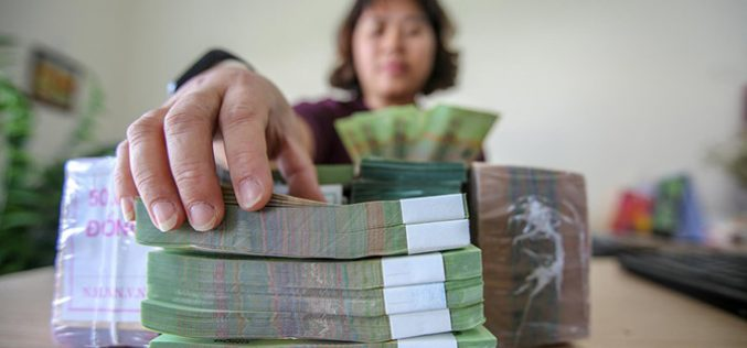 Lạm phát, tỷ giá có tiếp tục hỗ trợ giảm lãi suất khi tiền gửi tăng chậm?